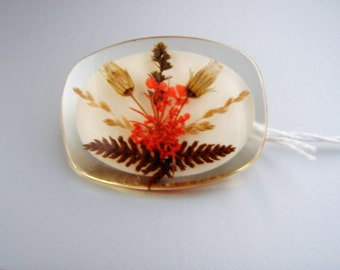 Vintage Embeded  Lucite Plastic Flowers and Fern  Brooch /Pin