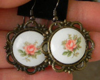 Vintage porceilin Pink, Yellow or Burgundy ROSE Floral Cabochon Earrings
