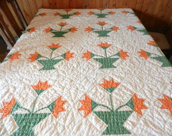 Vintage Handmade Hand Quilted Carolina Lily Quilt c 1930's
