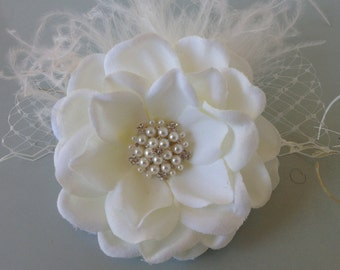 Bridal Hair Flower / Ivory Bridal Hair Clip / Wedding Hair Accessories.