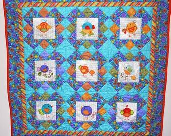 Patchwork baby quilt, Sweet Tweets
