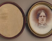 Oval Vignette Milk Glass Ambrotype Velvet Oval Case antique original photo
