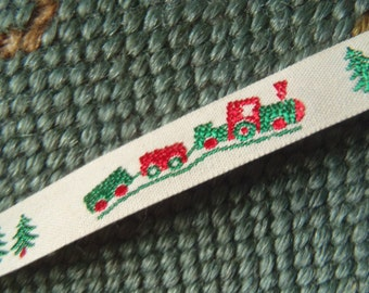 Sold by Bolt or Yard Fabulous Victorian Petit Childs Train Print Trim New on the Roll Green and Red