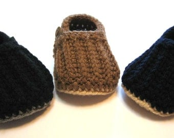 Baby boy loafers.  Crochet baby boy shoes.  Made to order in black, brown or navy blue.  0 to 6 months, 6 to 12 months.  Boys shoes.