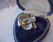 Gorgeous Vintage Sterling Silver Ring with Flower Shape Set with Large Faceted Citrine Stone