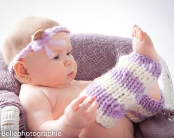 ensemble bandeau et jambières pour bébé.