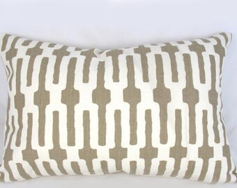 Decorative Pillow Cushion Cover - Accent Pillow - Throw Pillow - Lumbar - Annie Selke - Links - Taupe, White, Neutral