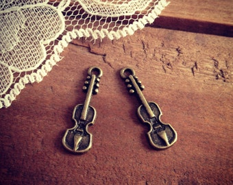 Violin Charms Antique Bronze Guitar Charm Music Charm Small Charm Musician Vintage Style Pendant Charm Jewelry Supplies (BB162)