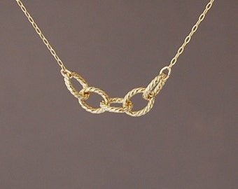 Gold Five Twisted Link Necklace