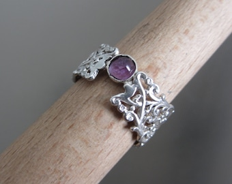 Silver Amethyst ring - Lace band ring - size 7.5