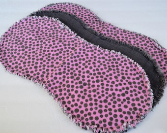 Baby girl burp cloth set of 3 : Flannel / Contoured / Baby burpcloths / Burp rags / burpclothes / burprags / polka dots