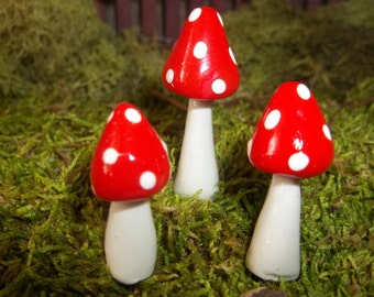fairy garden accessories miniatures set of 3 red  fairy garden mushrooms miniature terrarium toadstool pixie or gnome woodland accessories
