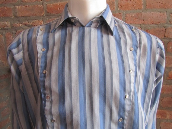 Mens MEDIUM LARGE bib front cowboy shirt, Panhandle Slim, vintage, gray and blue striped, pearl snaps (386)