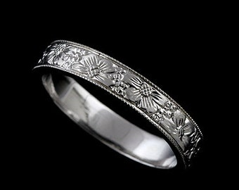 Flower Engraved Wedding Band, Floral Wedding Ring, Women's Wedding Ring, Art Deco Style Wedding Ring, Straight Engraved Gold Ring 4mm