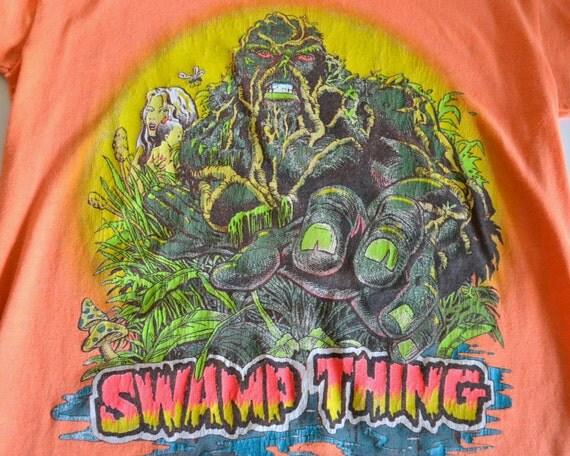 Vintage T Shirt Swamp Thing Soft Worn Orange Adult Small