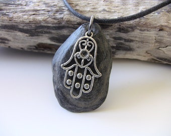 HAMSA Necklace - Hamsa Charm Necklace - Hamsa Jewlery - Hamsa Hand - Protective Charm Necklace - Protective Amulet - Hamsa symbol