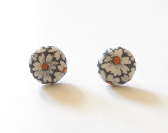 Vintage Gray Daisy Fabric Button Earrings on surgical steel posts
