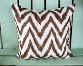 "New 18"" X 18"" brown, white Diva chevron print cotton- Decorative pillow cover-throw pillow-accent pillow"