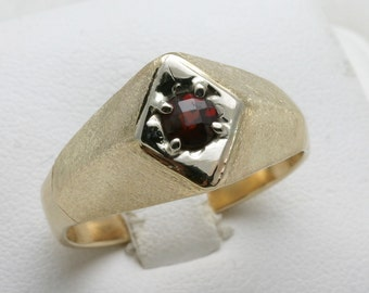 Vintage 14k yellow white gold red Garnet Men's Ring Brushed Matte Estate