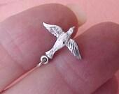 Sweet Vintage Sterling Silver Bird in Flight Charm
