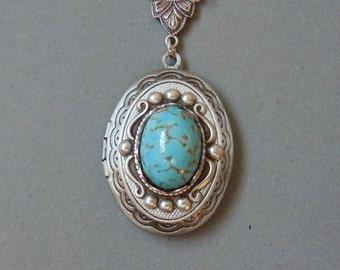 Robins egg,Turquoise Glass Cabs in a Classic Oval Silver Locket Necklace.Christmas gift --photo locket.gift for her.