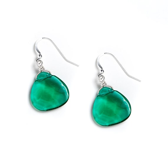 Emerald Green Quartz Earrings by Kluster. Bridesmaid Gift Earrings for Emerald Wedding. As seen in KY Bride Magazine. Sterling Silver.