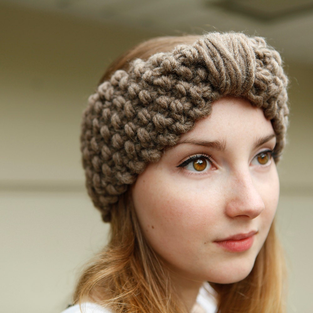 Headband knitting patterns. These free, quick and easy-to-knit headbands are a great ear-warming alternative to a hat. From flowers to Fair Isle, bulky to lacy, you can create a headband to match any outfit, regardless of the season. Great as a project to get kids hooked on knitting%(K).