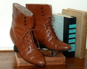 Italian Leather Lace Up boots// woman's leather boots// size 7//ankle boots