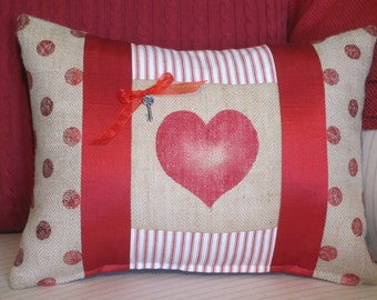 Heart Pillow, Valentine Pillow Cover, Valentine Burlap Pillows, Red and White Decorative Throw Pillow, Holiday Cushion, Valentine Decor