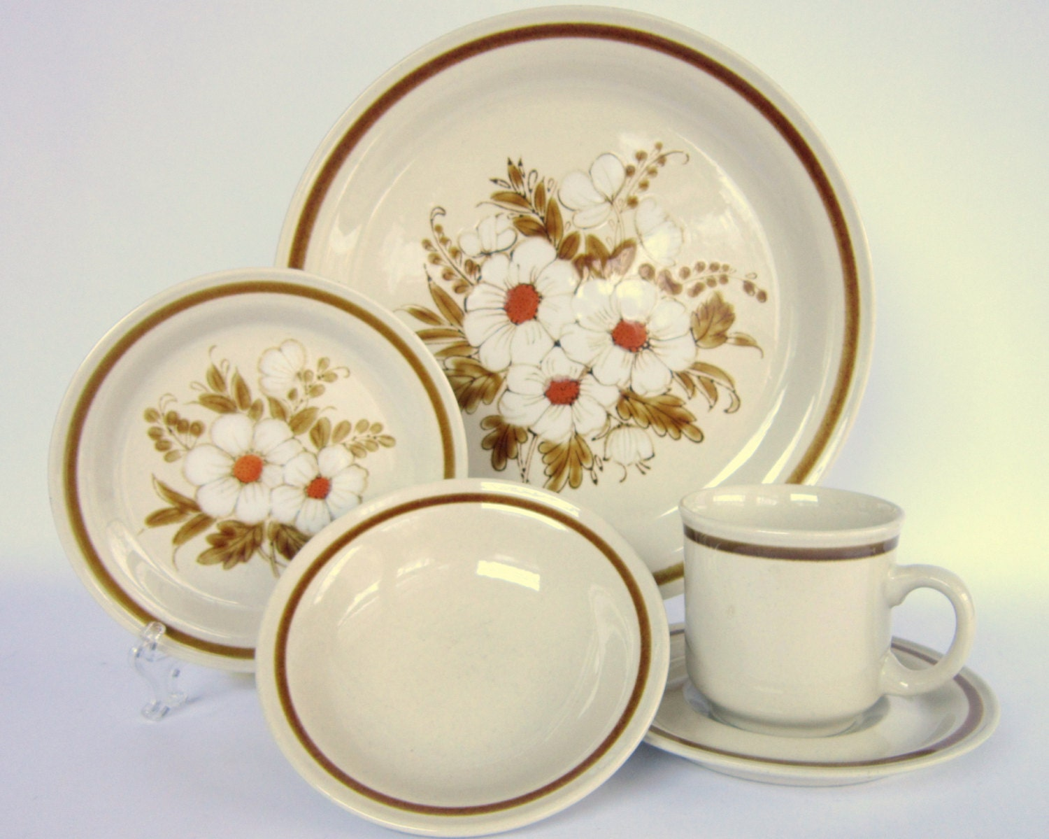 Vintage 1970s Mountain Wood Collection Stoneware Dried