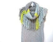 hand knit cowl with fringe, color block cowl, infinity scarf, bumpy knit