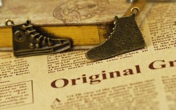 10 pcs vintage style antique bronze plating shoes connector pendant finding