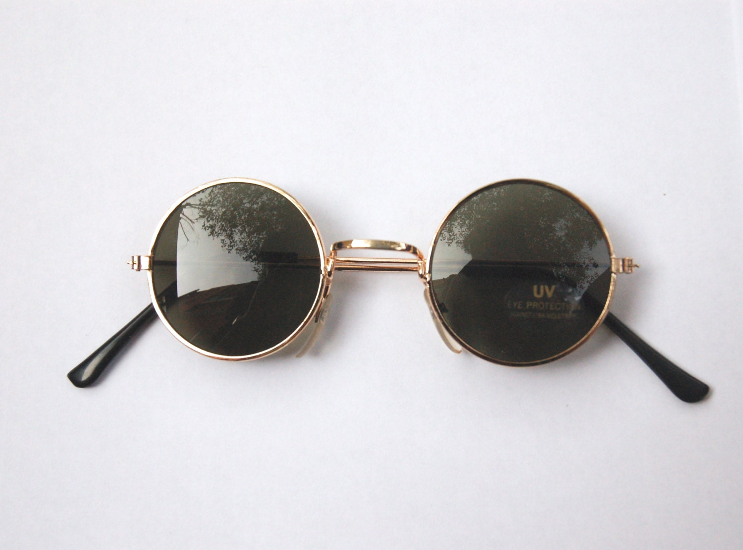 Gold Frame Glasses Tumblr : 90s Vintage Circle Sunglasses w Gold Tone Frame NOS by ...