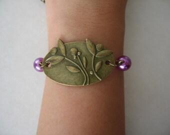 Antique Brass Flower Bouquet Connector Bracelet with Purple Beads