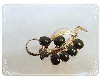Vintage Jade Brooch - Dark Gemstone in a Leaves & Berries Setting - 1777a-121012000