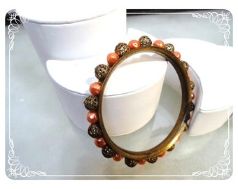 Vintage Beaded Bangle Bracelet with Gold Tone Filigree and pearlescent pink beads - 1197c-120312000.