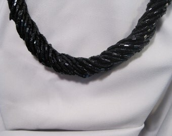 Stylish Twisted Black Seed Bead Necklace -- FREE SHIPPING