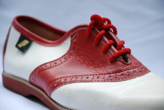 Vintage Womens Red Saddle Shoes Size Us 8 5