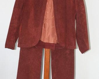 vintage women's jordache rust suede jacket and pants