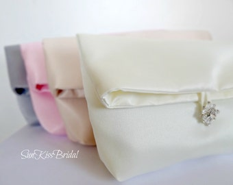 SET OF 5 Bridesmaids Clutches,Simple Satin Foldover Bridal Clutch,Makeup Bag,Any Color