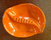 70's Show Ash Tray Bold Orange, Gold Flecks