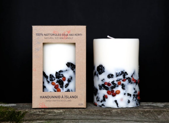 Genuine Icelandic Soy Wax Candle. Rowan berries and 2000 years old Lava stones. Handmade. Apple/cinnamon scent.