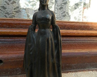 1950 Statuette of Martine Carol