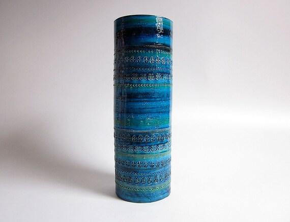 Large Rimini Blu decor cylindrical vase designed by Aldo Londi (Bitossi)