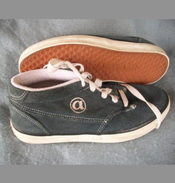airwalk vintage blammo blue suede skate shoes