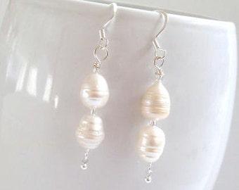 Freshwater Pearl Earrings, Pearl Dangle Earring, Pearl Earring, Natural Pearl Earring, White Pearl Earring, Bridesmaids Jewelry, Wedding