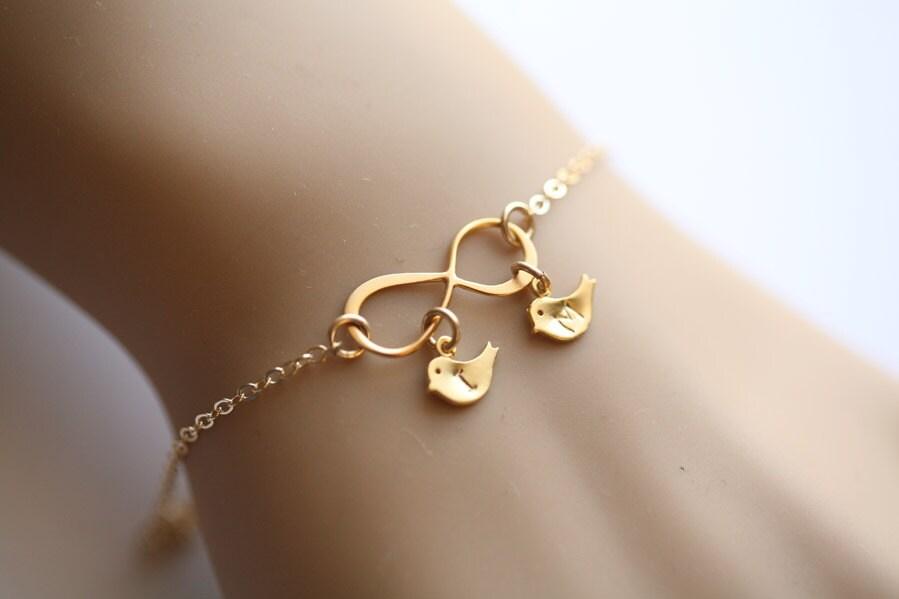 goldene vogel infinity armband initialen vogel armband. Black Bedroom Furniture Sets. Home Design Ideas