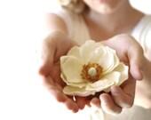 Flower Clip, Bridal Clip, Headpiece, Hairpiece, Bridal, Flower, Floral, Ivory Flower Hair Clip, Bridal Hair Accessories -- MAGNOLIA