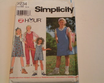 Simplicity Pattern 7234 2 Hour Girl Jumper Overall in two lengths and Knit Top