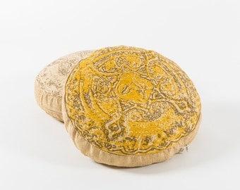 Yellow buckwheat recto-verso cushion - Old candy box pattern